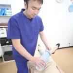 東海市名和接骨院の膝痛の施術写真